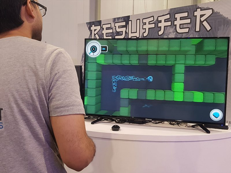 Trying other Saudi developers games (Resuffer) at Gamers Con 2018