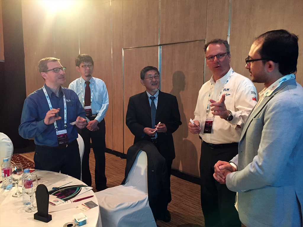 At World 3D Printing Forum in Dubai 2018 Talking with Prof. Yamada from Photon Production Lab and Stefan Ritt from SLM solutions